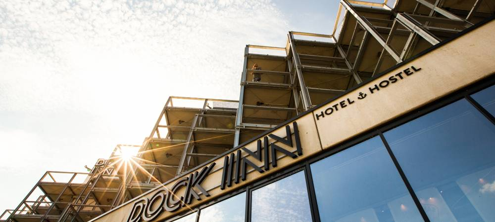 DOCK INN Hostel