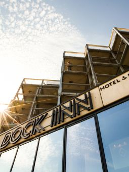 DOCK-INN-Hostel-Roof-1